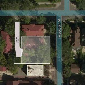 lot outline-driveway